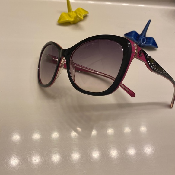 Juicy Couture. Sunglasses, Women-11